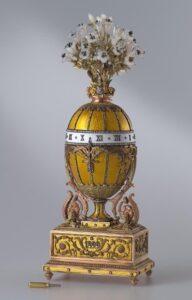 Пасхальное яйцо-часы с букетом лилий. Фирма Карла Фаберже.Мастер Перхин М.Е. 1899