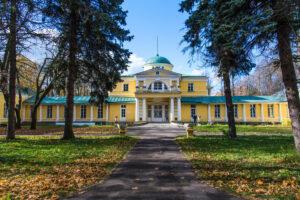 Дом в усадьбе Братцево под Москвой